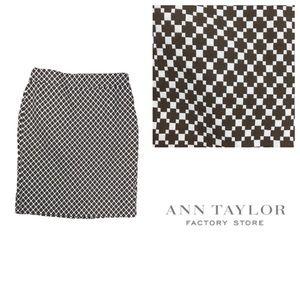 Ann Taylor Factory Geometric Pattern Pencil Skirt